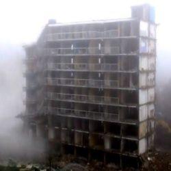 hydraulic-cylider-building-demolition-250